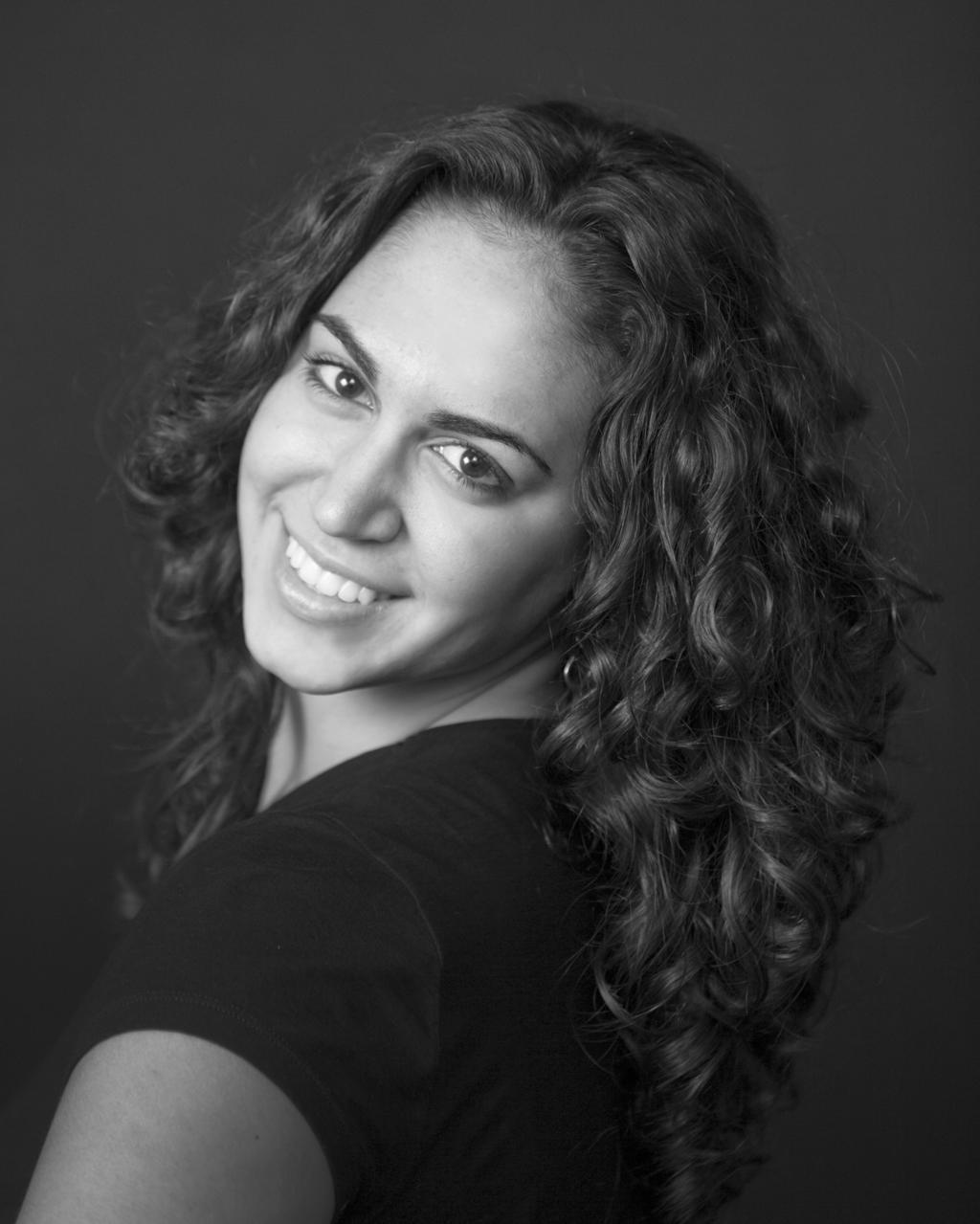 Caitlyn Schrader- Head Shot
